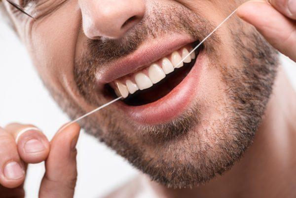 Complementos en la higiene bucal diaria